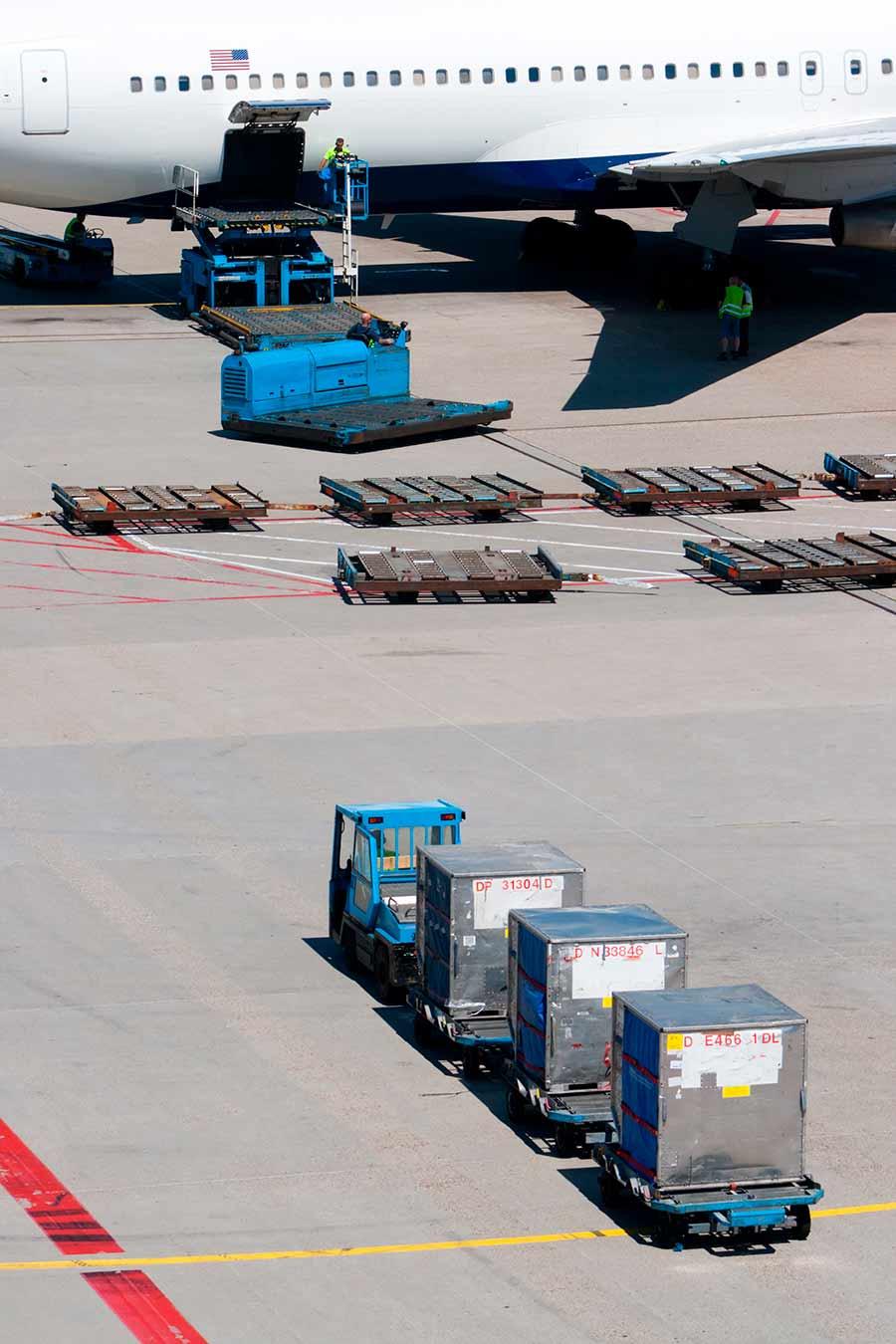 airplane import US